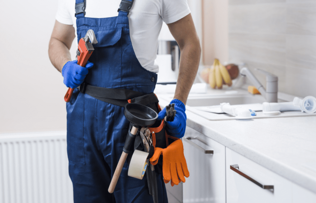 Five things to look for when hiring a professional plumber